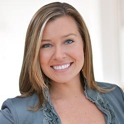 Danielle Salowski - Headshot