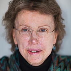 Julie Breneiser - Headshot