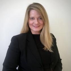 Maggie Teliska - Headshot