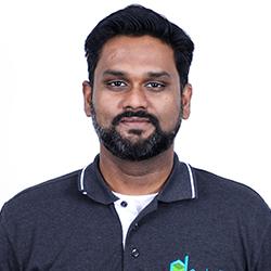 Vijay Nandakumar - Headshot