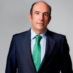 Marcelino Oreja - Headshot