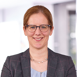 Sabine Erlinghagen - Headshot