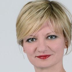 Alena Tsishchanka - Headshot