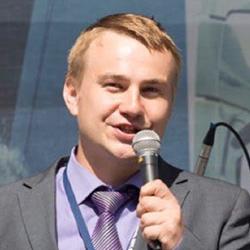 Dmitiry Usanov - Headshot