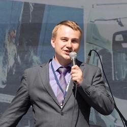 Dmitriy Usanov - Headshot
