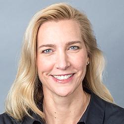 Heidi Worthington - Headshot