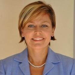Lise Bromfield