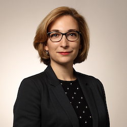 Marie Niemczyk - Headshot
