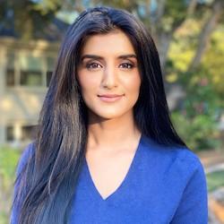 Nikhita Iyar - Headshot