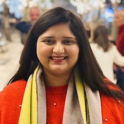 Noor Zainab Hussain - Headshot
