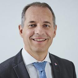 Philipp Gmür - Headshot