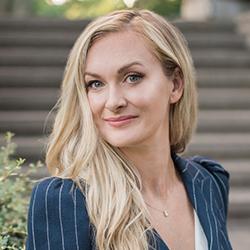 Shannon Katschilo - Headshot