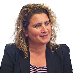 Victoria Saporta - Headshot