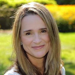 Abby Finnis - Headshot