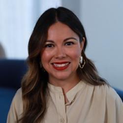 Andrea Zapata - Headshot