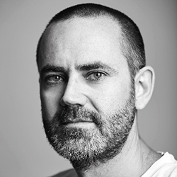 Andrew McKechnie - Headshot