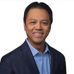 Alan Tse - Headshot