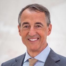 Dr. Guido Fürer - Headshot