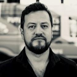 Artur Hasselbach - Headshot