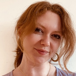Alice Fitzsimons Headshot