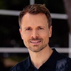 Andreas Thurner - Headshot