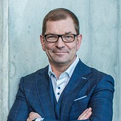 Markus Duesmann - Headshot