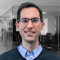 Pedro Fernandez - Headshot