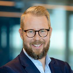 Pekka Tolonen - Headshot