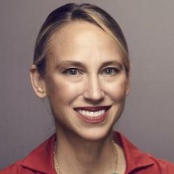 Sara Whiffen - Headshot