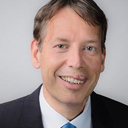 Steffen Hoerter - Headshot