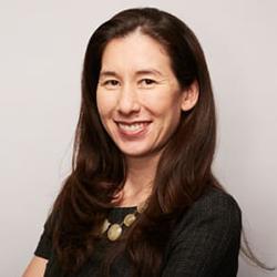 Veronica Chau - Headshot