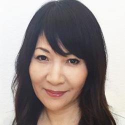 ベイリー みゆき氏 - Headshot