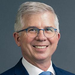 Prof. Andrew Ullmann - Headshot