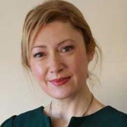 Avril Daly - Headshot