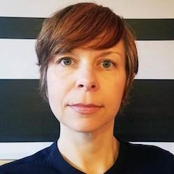 Ellie Chesnutt - Headshot