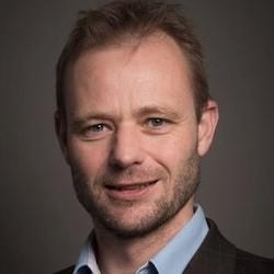 Hans van Dijk - Headshot