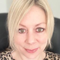 Karina Morley - Headshot