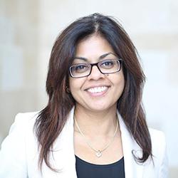 Maha Radhakrishnan - Headshot