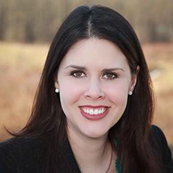 Melinda Decker - Headshot
