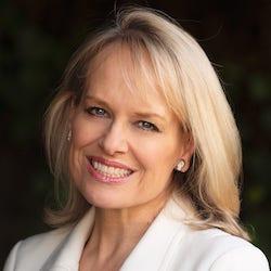Sue Saville - Headshot