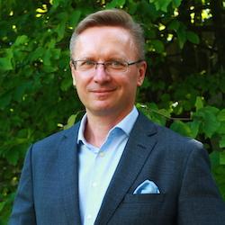 Artur Litarowicz - Headshot