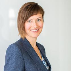 Diana Visser - Headshot