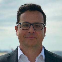 Javier Echave - Headshot