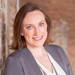 Jenny McColloch - Headshot