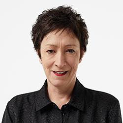 Pam Batty - Headshot