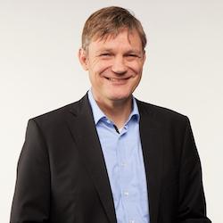 Knut Alicke - Headshot